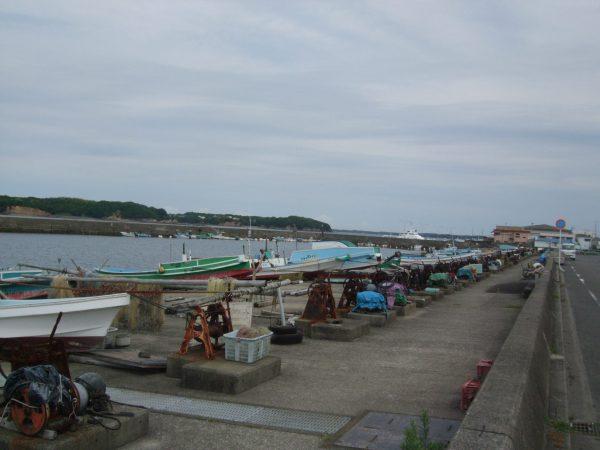 志摩市浜島の漁港の風景