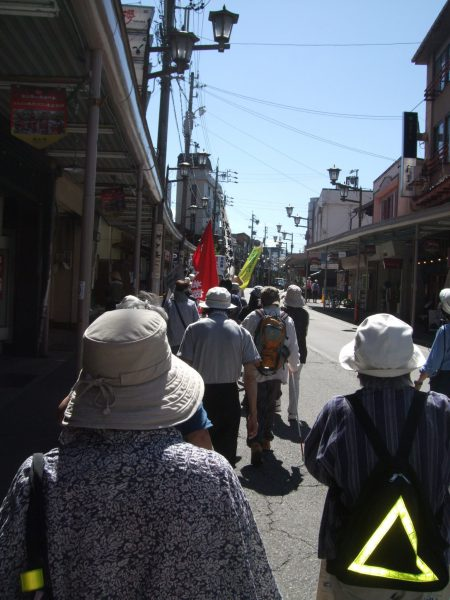 高山市の平和行進の様子