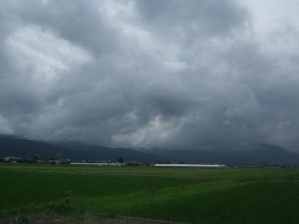 豪雨が過ぎ去った海津市の風景