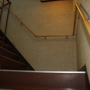 事務所の階段に・・・