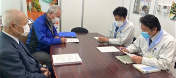 農民運動富山県連合会が大雪被害の救済を求め要請書を砺波市に提出
